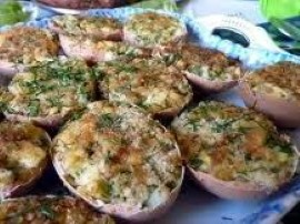 Jajka faszerowane w skorupkach