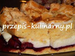 Ciasto: mąkę łączymy z proszkiem do pieczenia, łączymy z pokrojoną w kostkę margaryną, dodajemy cukier, żółtka. Zagniatamy cias...