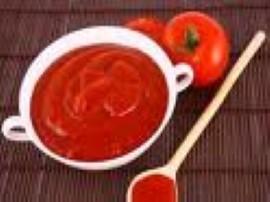 Przepis na przecier pomidorowy na zimę - można zrobić z niego wyśmienitą zupę pomidorową, dodać do gołąbków, spaghetti lub innyc...